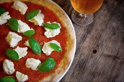 The best pizzas and local beers you can get!