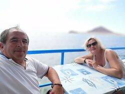 Manger avec une magnifique vue sur la mer