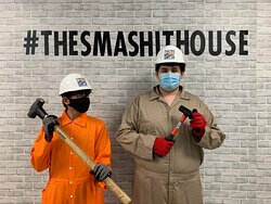 Friends who smashit together are friends forever at The Smashit House Davie