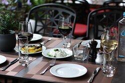 Griechischer Wein, dazu Vorspeisen ?