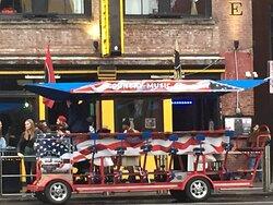 Music City Crawler, Pedal Bar