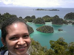 The first time I saw and explored one of the tourist destinations in raja ampat which is enchaniting there are not a fow interesting surface attractions that you must also visit, but the underwater world is no loss special.