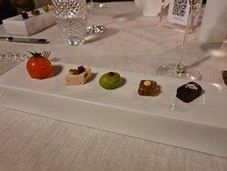 Idyllic dinner in Tuscany