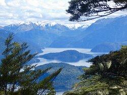 Lake Manapuri.
