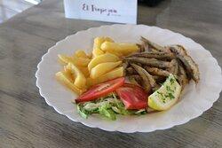 boquerones fritos, plato de menú