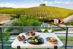A vista, o vinho, a comida...