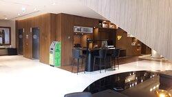 hotel lobby, ATM, business center