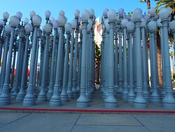 Fun and gorgeous restored 1920s streetlamps!