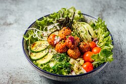 New dish designed for salad lovers! This tasty Japanese salad comes with fresh lettuce, cabbage, cherry tomatoes, cucumber, avocado, celery and more! with Japanese-basil Perilla (Shiso) dressing. Your choice of the main topping can be Finnish Salmon, Chicken Meatballs, or Tofu.