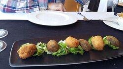 Restaurante en Santiago de la Ribera | Croquetas