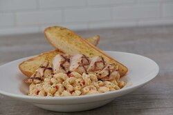 Twisted Mac Chicken & Cheese