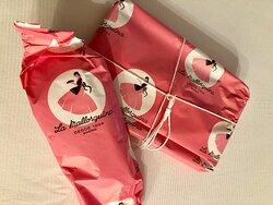 La Mallorquina - beautifully wrapped take-away cakes