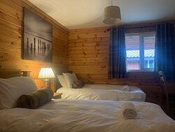 Wensleydale Lodge Twin Bedroom With Ensuite