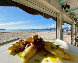 Cullurgiones di mare con Vongole, Champignon crema e pomodorini!