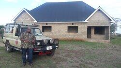 Tanzania Wildcats safaris pravite  guide