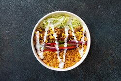 🥙 Bowl : composez-le en choisissant votre riz, vos légumes, votre viande ou protéine végétale, votre sauce et vos toppings ! Nous le préparons ensuite avec beaucoup d'amour ♥️
