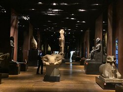 Потрясающий современный интерактивный музей.