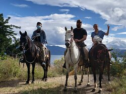 #horsebackriding #tour #lakeatitlan #guatemalalocalguide #toursbylocals #tourguideguatemala