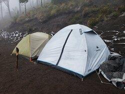 Overnight Hiking on Acatenango Volcano #camping #hikingguatemala #guatemalaadventure #AcatenangoVolcano #VolcandeFuego
