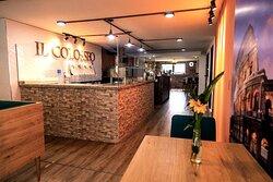 Restaurante Il Colosseo ,  Vive un Experiencia Italiana , Especialidad la Pizza Artesanal