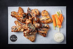 GRILLED PERI PERI KING SIZE CHICKEN WINGS