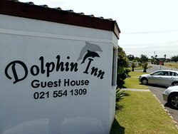 Front / street view o Dolphin Inn Blouberg