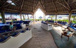 Big Blu Dive Centre - Butiama Marine Restaurant