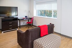 Dean's King Suite - sitting area