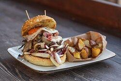 Il nostro hamburger stagionale con il radicchio rosso di Treviso, Lussuria allo stato puro!