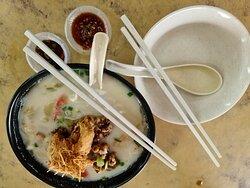 Fish head noodle soup