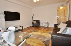 Newly refreshed Premium / Business One Bedroom Apartments