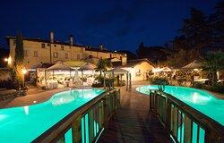 Panoramica dalla nostra piscina. Gazebi esterni per Eventi e Cene.