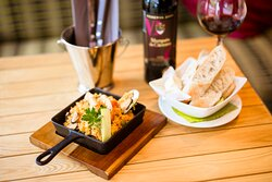 Spanish Tapas bar in the heart of Drumcondra Open Tuesdays to Sundays Open at 4 pm reservations@casadeltoro.ie www.casadeltoro.ie