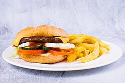 Beef Burger with Cheese & Chips