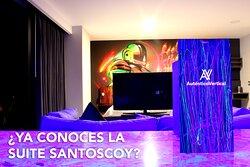El hotel Auténtico Vertical tambien es arte, te invitamos a  que VIVAS la experiencia en la suite intervenida por Juan Carlos Santoscoy. #AVEXPERIENCES.