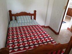 Habitación simple con armario (cabaña Familiar)