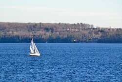 Sailing on Kempenfelt Bay
