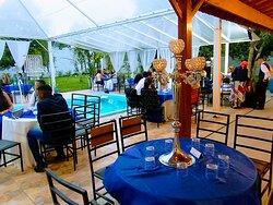Aqui no Espaço Chácara Monarca você será servido pelo melhor buffet da região! @democratabuffet