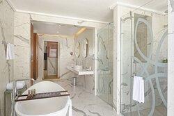 Duplex Villa bathroom interior