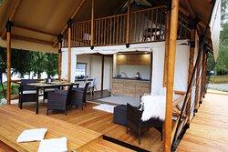 Bungalov s balkonem pro 6 osob kuchyňka, koupelna s WC, 3 ložnice klimatizace, podlahové topení, terasa
