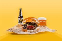 I nostri burger di carne fresca vi aspettano!