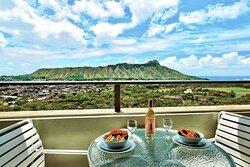 Aston Waikiki Sunset - 2 Bedroom Diamond Head View