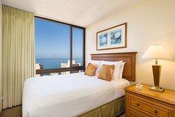 Aston Waikiki Sunset - 2 Bedroom Oceanview