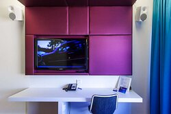 Business Class Room Working Desk and TV