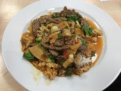 Rind mit Gemüse Knobi und Hoisin Soße
