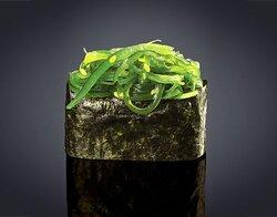 Sushi gunkan de wakame