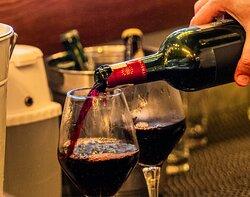 La bonne table, le bon vin et la musique, Au Four à Bois vous invite à une odyssée des sens