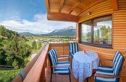 Apartment Sport Balkon Blick zum Wilder Kaiser