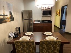 Deluxe Two Room Extended Stay Business Suites