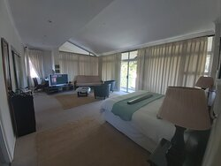 Deluxe bedroom with private balcony